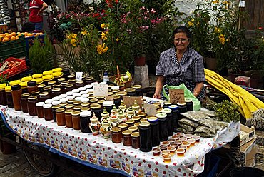 Honey stall in the market, Loule, Algarve, Portugal, Europe