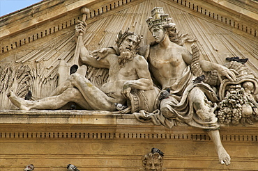 Pediment, ancient Grain Market hall, with statues representing Rhone and Durance rivers, and pigeons, Old Aix, Aix en Provence, France, Europe