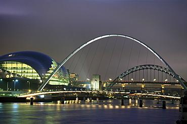 The Sage and the Tyne and Millennium Bridges at night, Gateshead/Newcastle upon Tyne, Tyne and Wear, England, United Kingdom, Europe