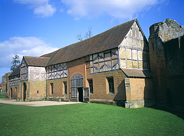 Leicester's stables, Kenilworth Castle, managed by English Heritage, Warwickshire, England, United Kingdom, Europe
