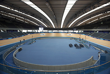 Inside bicycle track in the Velodrome, Queen Elizabeth Olympic Park, Stratford, London, E20, England, United Kingdom, Europe