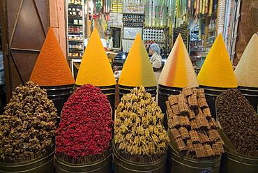 Spice market, Mellah, Marrakech, Morocco, North Africa, Africa
