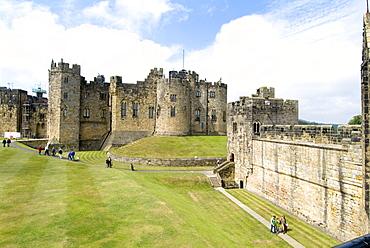 Alnwick Castle, Alnwick, Northumberland, England, United Kingdom, Europe