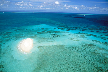 Aerial view of Sand Cay, Great Barrier Reef, Queensland, Australia