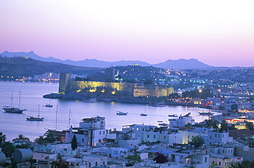 Castle of St. Peter built by the Knights of St. John, and harbour at sunset, Bodrum, Anatolia, Turkey, Asia Minor, Asia
