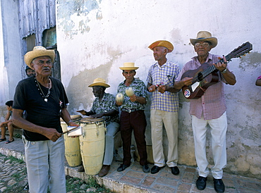 Group of street musicians, Los Pinos, Cuba, West Indies, Central America