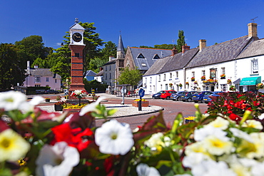 Usk Twyn Square, Usk, Monmouthshire, Wales, United Kingdom, Europe