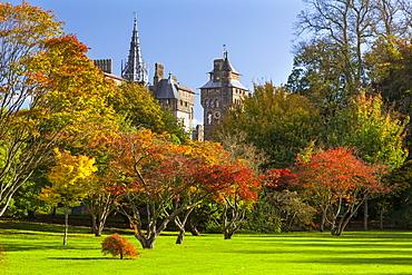 Cardiff Castle, Bute Park, Cardiff, Wales, United Kingdom, Europe