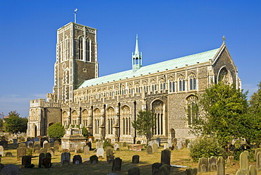 St. Edmund King and Martyr church and graveyard, Southwold, Suffolk, England, United Kingdom, Europe