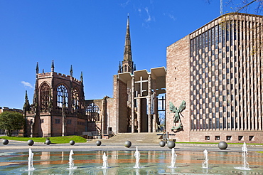 Coventry old cathedral shell and new modern cathedral, Coventry, West Midlands, England, United Kingdom, Europe
