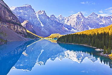 Moraine Lake reflections in the Valley of the Ten Peaks, Banff National Park, UNESCO World Heritage Site, Alberta, Canadian Rockies, Canada, North America