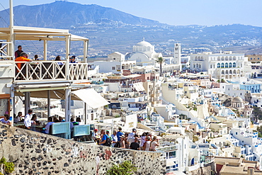 Town of Fira with the Greek Orthodox Metropolitan Cathedral, Santorini (Thira), Cyclades Islands, Greek Islands, Greece, Europe