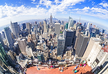 Tourists on Top of the Rock viewing deck, Rockefeller Centre, Manhattan skyline, New York skyline, New York, United States of America, North America
