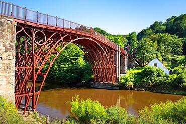 Red Ironbridge bridge over river Severn Ironbridge gorge Iron bridge Shropshire England GB UK europe