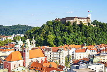 Ljubljana skyline with view of the city and Ljubljana Castle complex on Castle Hill, Ljubljana, Slovenia, Europe