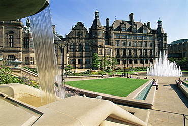 Town Hall and Peace Gardens, Sheffield, Yorkshire, England, United Kingdom, Europe