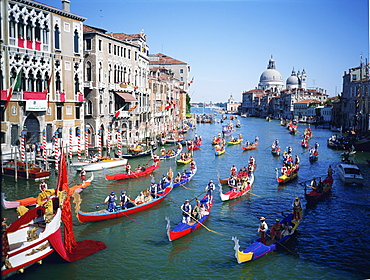 The Storica Regatta on the Grand Canal before the church of Santa Maria della Salute