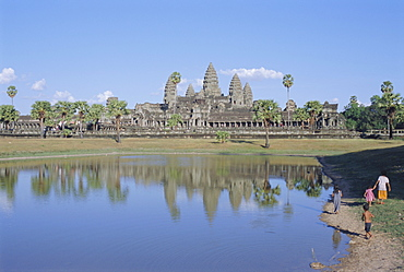 The temple complex of  Angkor Wat, Angkor, Siem Reap, Cambodia, Indochina, Asia