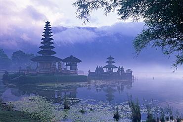 Temple of Pura Ulun Danu Bratan, Bali, Indonesia, Asia