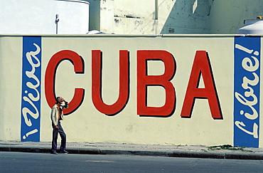 Wall painting Viva Cuba Libre, Havana, Cuba, Central America