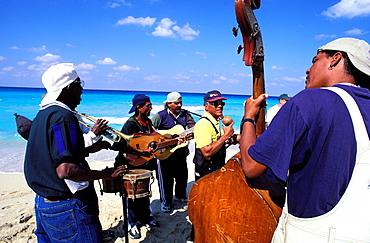 Musicians, Santa Maria del Mar, the beach of East-Havana, Cuba, Central America