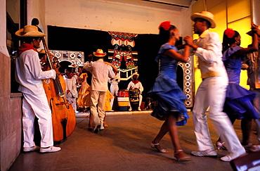 Music, Conjunto folklorico Cutumba, School of the traditional dance, Santiago de Cuba, Cuba, Central America