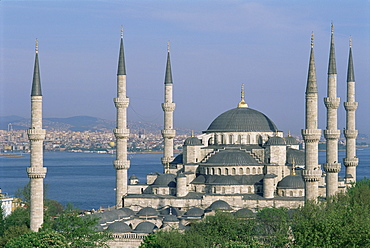 The Blue Mosque (Sultan Ahmet Mosque), Istanbul, Marmara province, Turkey, Europe