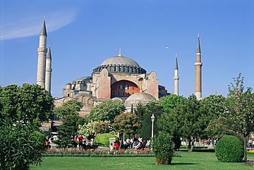 St. Sophia Mosque (Aya Sofia) (Hagia Sophia), UNESCO World Heritage Site, Istanbul, Marmara province, Turkey, Europe