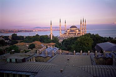 The Blue Mosque (Sultan Ahmet Mosque), UNESCO World Heritage Site, Istanbul, Marmara province, Turkey, Europe