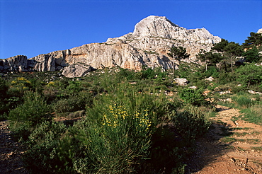 Montagne Ste. Victoire, Bouches du Rhone, Provence, France, Europe