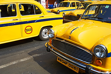 Yellow Ambassador taxis, Kolkata, West Bengal, India, Asia