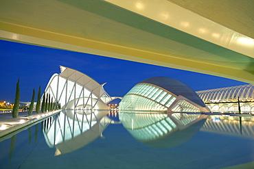 Hemisferic (Planetarium) and Principe Felipe Science Museum at dusk, architect Santiago Calatrava, City of Arts and Sciences, Valencia, Spain, Europe