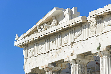 Close-up of columns and frieze of the Parthenon, Acropolis, UNESCO World Heritage Site, Athens, Greece, Europe