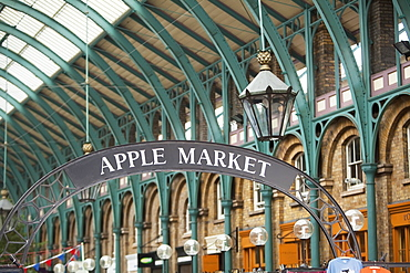 Apple Market, Covent Garden, London, England, United Kingdom, Europe
