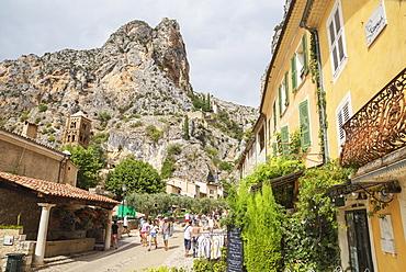Moustiers Sainte Marie, Alpes-de-Haute-Provence, Provence, France, Europe
