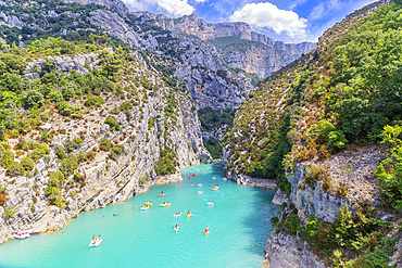St. Croix Lake, Gorges du Verdon, Provence-Alpes-Cote d'Azur, Provence, France, Europe