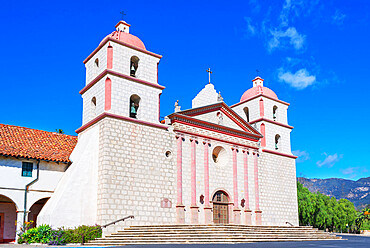 Santa Barbara Mission, Santa Barbara, California, USA