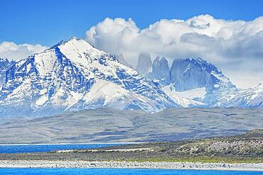 Cuernos del Paine mountains, Torres del Paine National Park, Patagonia, Chile, South America