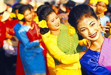 Thai girls performing local dance during King Narai Reign Fair, Lopburi, Thailand, Southeast Asia, Asia