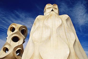 The bizarre chimneys of Gaudi's Casa Mila, La Pedrera, Barcelona, Catalonia (Cataluna) (Catalunya), Spain, Europe