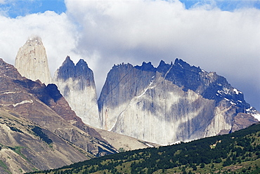 Torres del Paine (Paine Towers), Torres del Paine National Park, Patagonia, Chile, South America