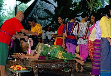 Traditional Thai marriage, Bangkok area, Thailand, Southeast Asia, Asia