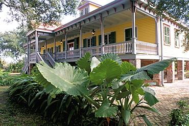 Laura Plantation, on the edge of the Mississippi, La Vacherie region, Louisiana, United States of America, North America