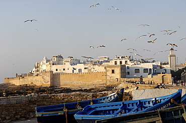 Old waterfront city behind ramparts, Essaouira, historic city of Mogador, Morocco, North Africa, Africa