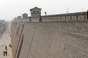 The ancient Pingyao city wall first built about 2700 years ago and expanded in the Ming Dynasty, Pingyao, UNESCO World Heritage Site, Shanxi, China, Asia