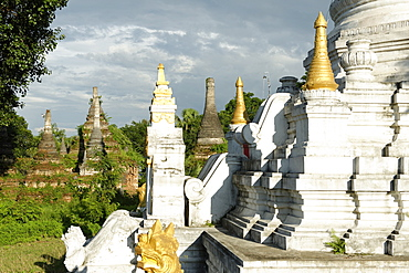 Buddhist monastery, Hsipaw area, Shan State, Republic of the Union of Myanmar (Burma), Asia