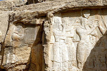 Parade of Shapur I, Naqsh-e Rajab, four Sassanid bas-reliefs of the third century, Region of Persepolis, Iran, Middle East