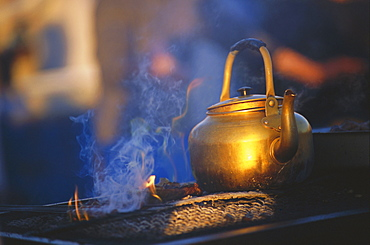 Kettle boiling, Morocco