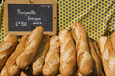 Bread in market, Provence, France, Europe