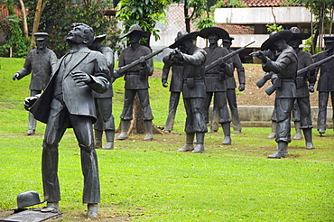 Memorial to Martyr Dr. Jose Rizal, site of execution, recreation of last moments of the hero's life, Rizal Park, Luneta, Manila, Philippines, Southeast Asia, Asia